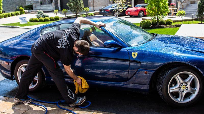 Comment laver correctement la voiture ?