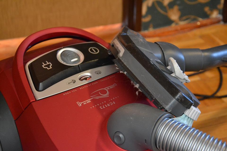 Comment choisir un aspirateur pour nettoyer la maison ?